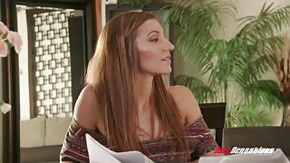 Vanna Bardot Orgasms From Pussy Sucking
