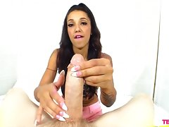She Knows How To Use Her Hands For A Good Handjob