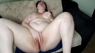 BBW Messy Squirting Orgasm