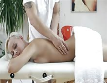 Violette Gets Relaxing Massage And Happy Ending Fucking