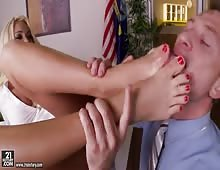 Summer Brielle Fucked And Gets Cumshot On Lovely Feet