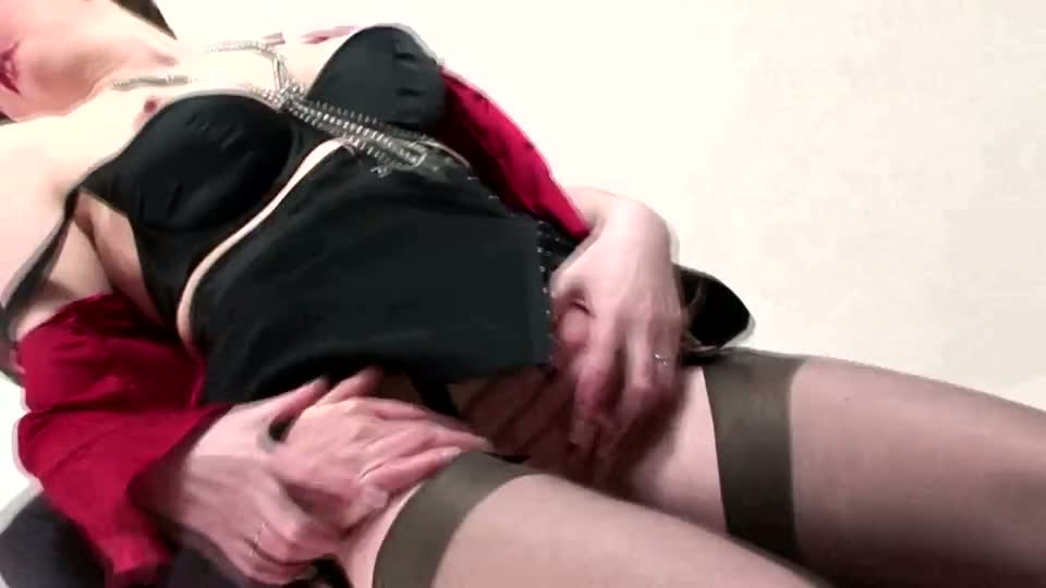 Mature Stockings With Mature Pussy Getting Fucked